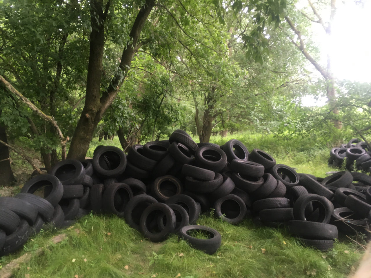 chain of tires