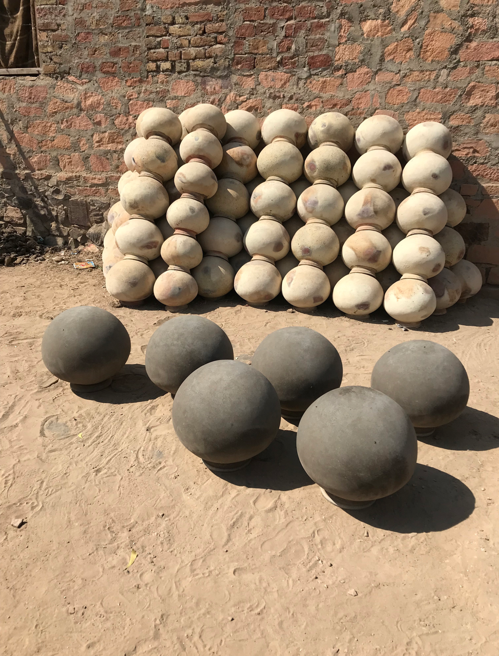 clay pots in Barmer, India