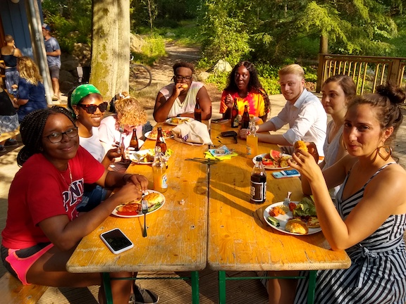 Brea and fellow Penn Students dine with students at Eberswalde